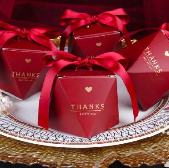 Candy box s/10 burgundy
